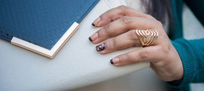 Easy dotted nail art